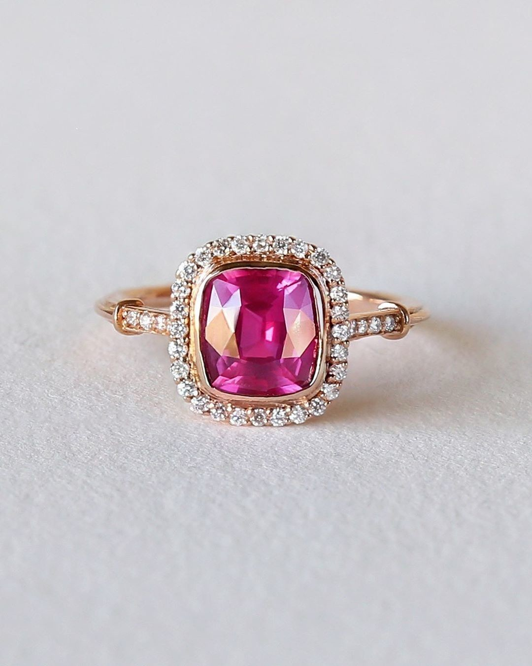 Vivid and Vibrant Pink Emanates from This Masterfully Cut Natural Pink Sapphire. 💕💫✨ Click the link in our bio for more info