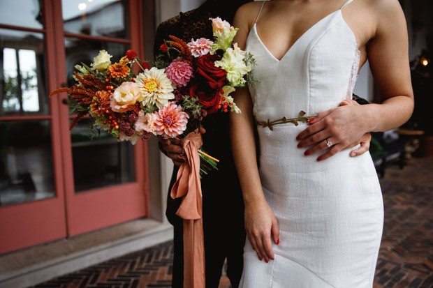 simple and chic bridal style
