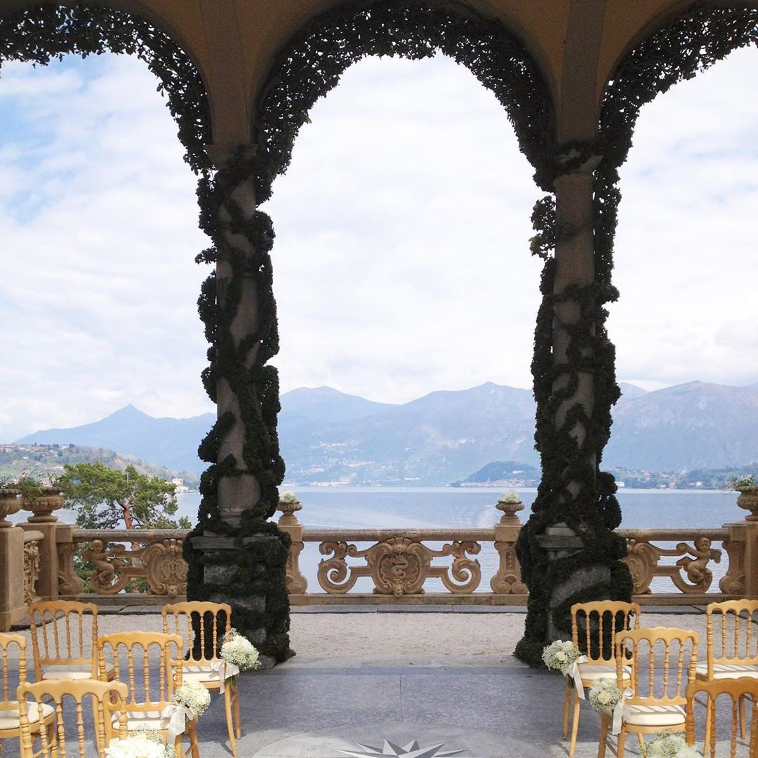 The breathtaking view from @villadelbalbianello , one of