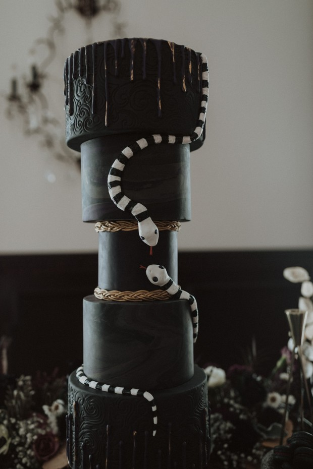 Beetlejuice wedding cake