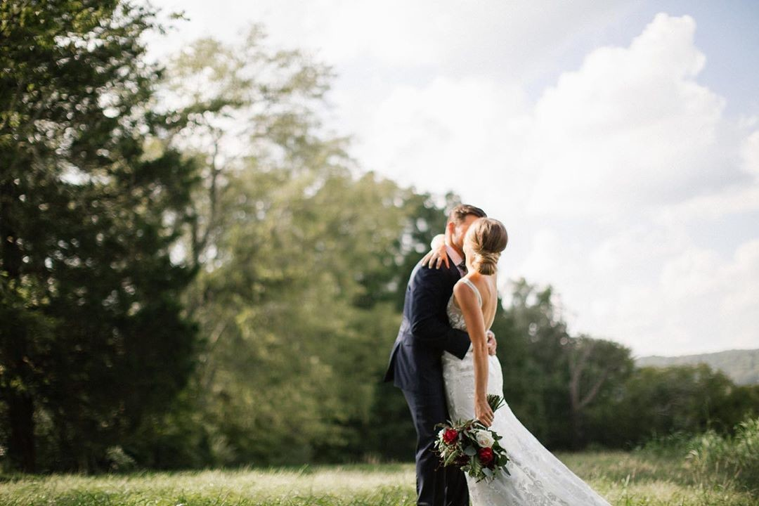 This is just one of those photos that literally makes me want to get married all over again! Thank you