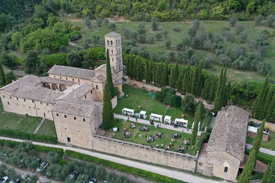 ** gorgeous venue alert** The abbey of San Pietro in Valle is situated halfway up Mount Solenne, alongside the Valnerina road which