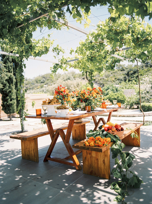 Outdoor reception table