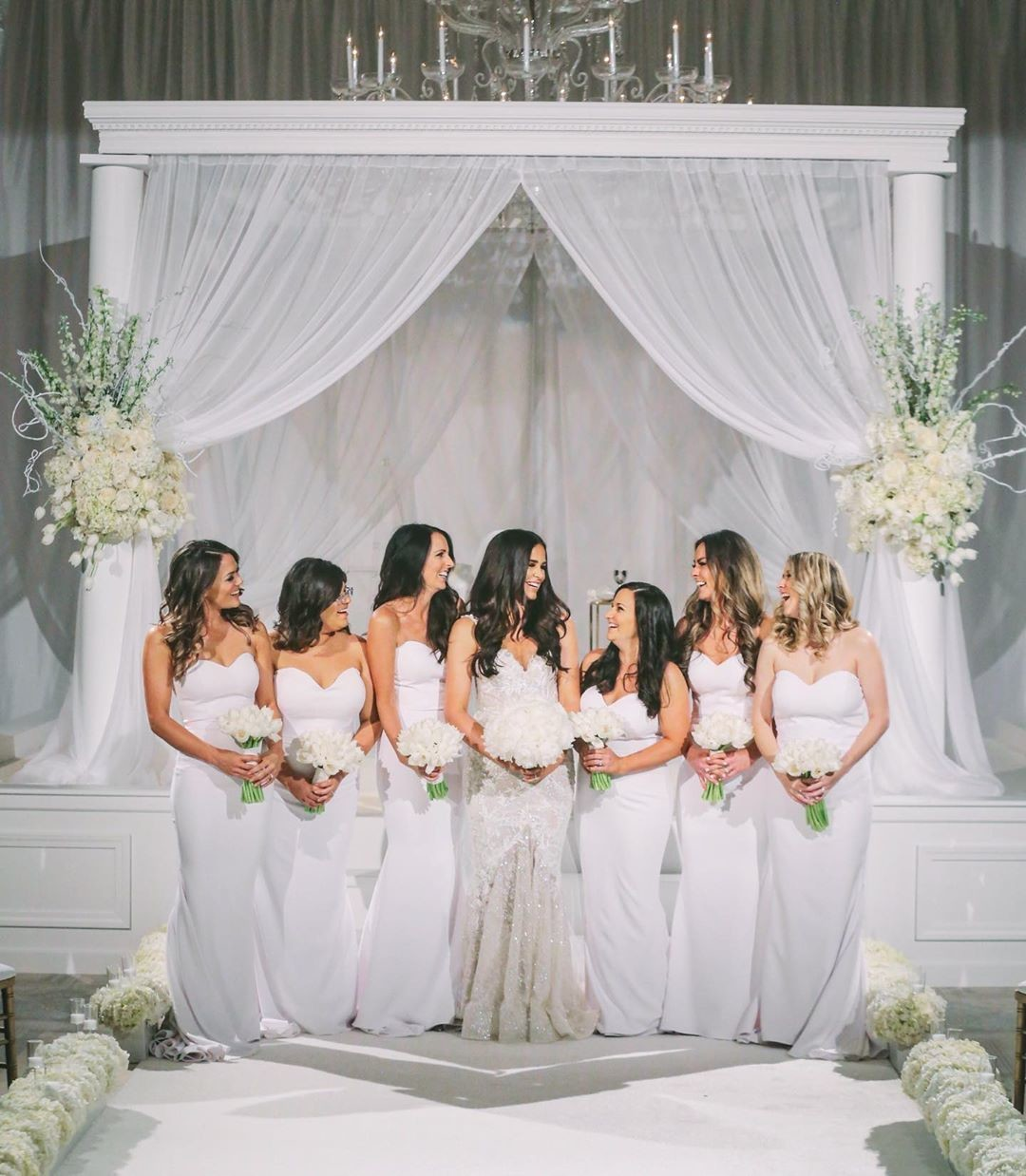 Jessica's gorgeous #bridesmaids in our White Arianna