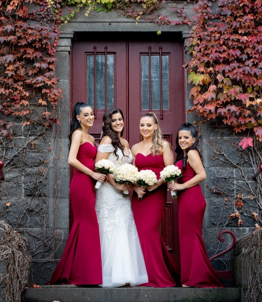 Samantha's gorgeous #bridesmaids in our Nicolena