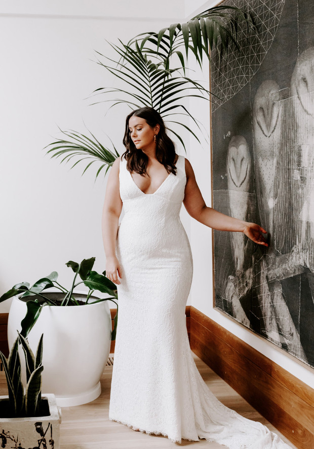 CURVE Bridal Collection From Karen Willis Holmes