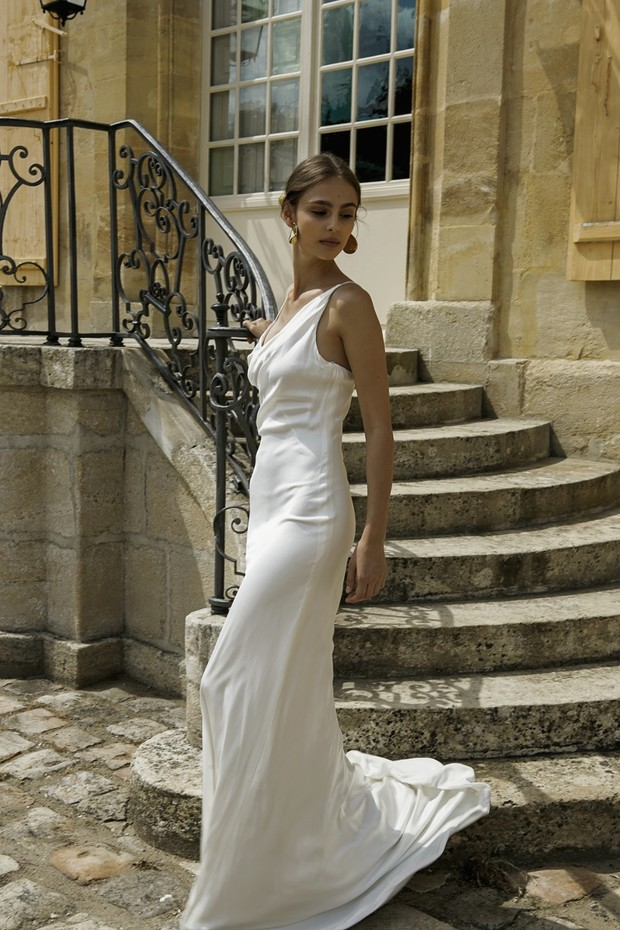 elegant and simple gown