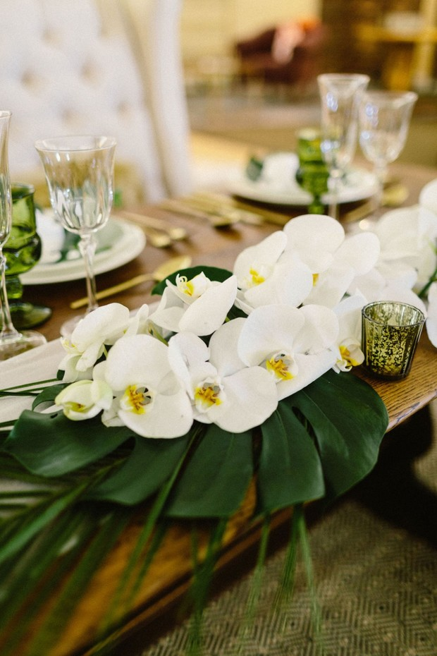 orchid wedding decor