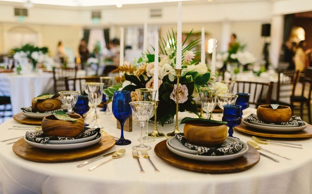 blue gold and wood wedding table decor