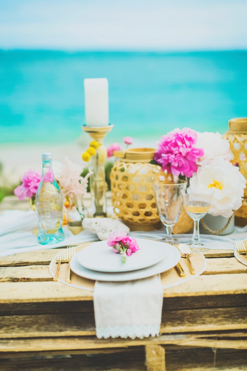 Check out this boho glam anniversary photo shoot in Maui. Designed by Couture Events Maui and Angie Diaz Photography.