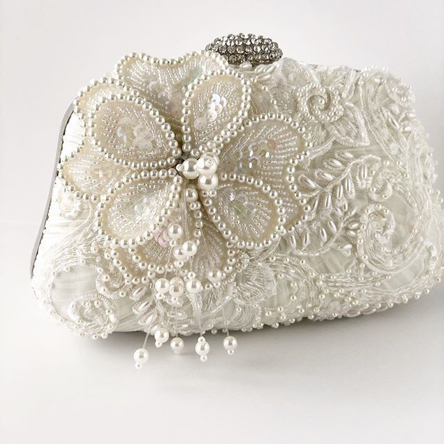 If your a Fall bride and love pearls this is the most gorgeous bridal clutch to finish your bridal look!!
