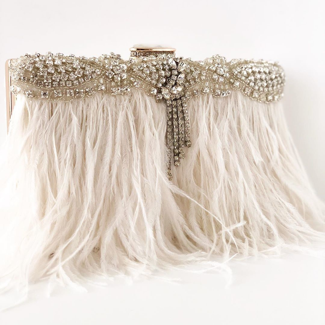 There is nothing more beautiful than ivory details. #chic