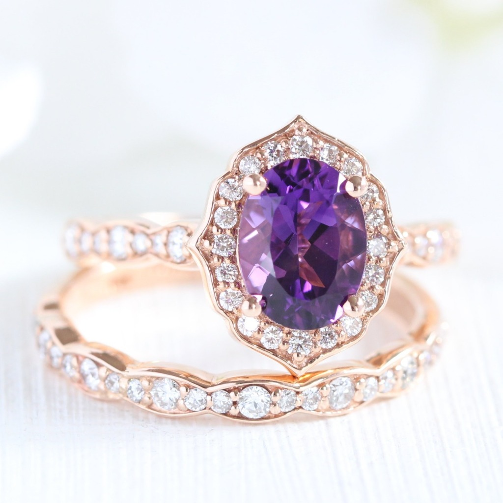 Isn't she exquisite? 😍 She is Oval Amethyst in our La More Design's Signature look Vintage Floral in Scalloped Diamond Band. To