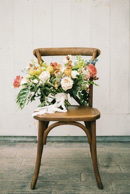 Modern Meets Organic For This Spring Barn Wedding Inspiration