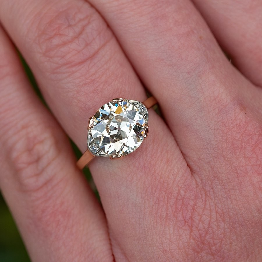 Hand shots and different angles of our 3.29ct new arrival