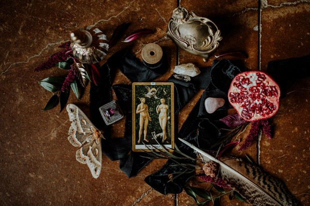 Late fall and halloween inspired wedding accessories