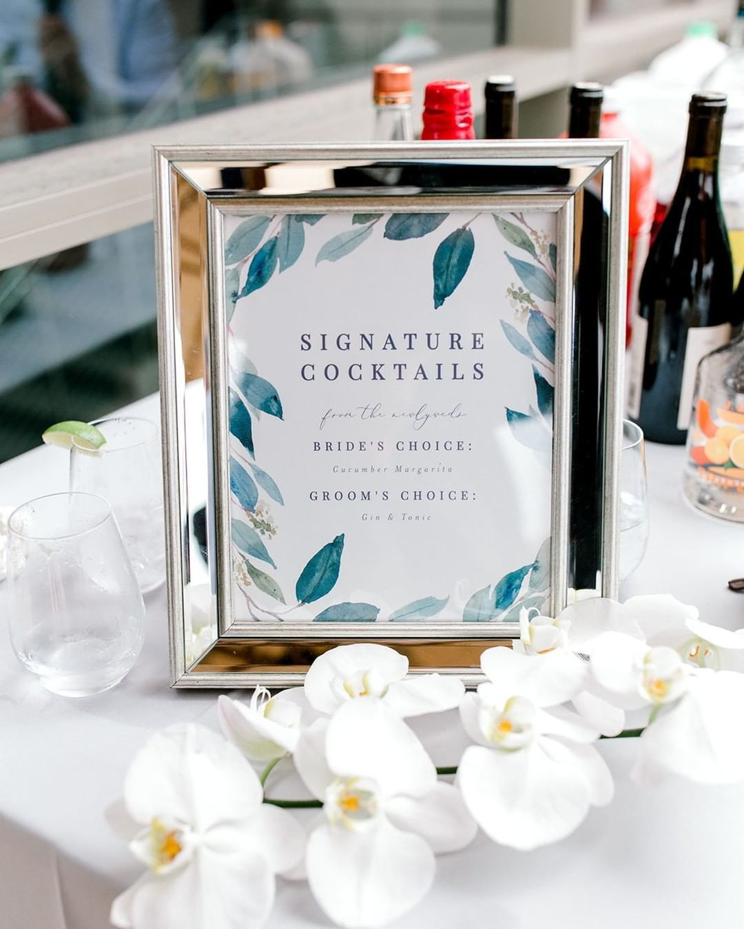 A signature beverage is the perfect way to add a personalized touch to your special day.⁣