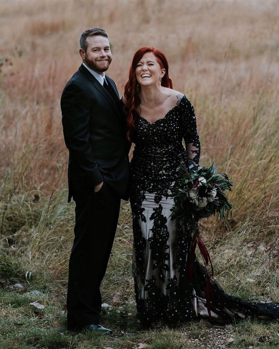 How stinkin' cute is @amez_rogers in her custom black gown? Would