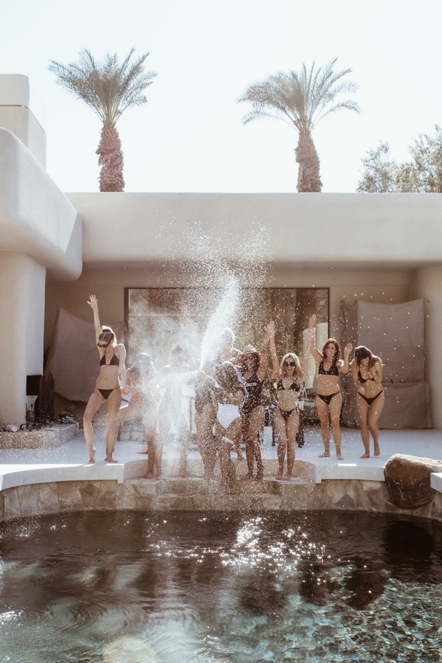bachelorette pool party