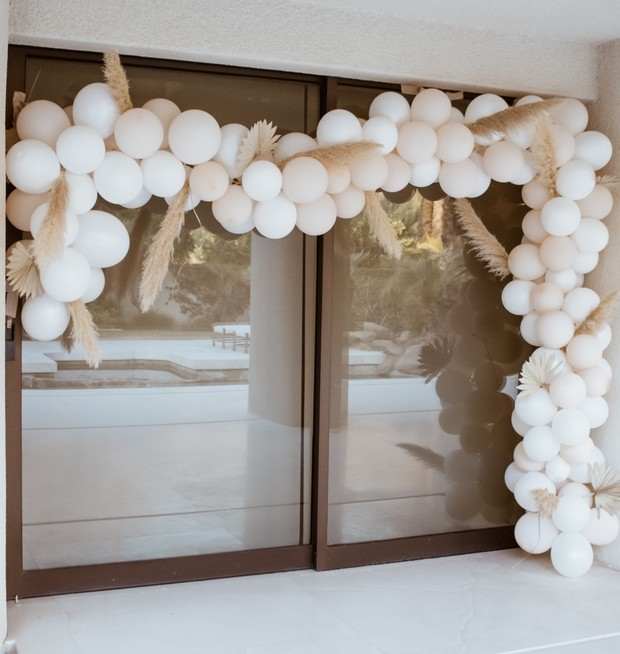 neutral tone balloon backdrop