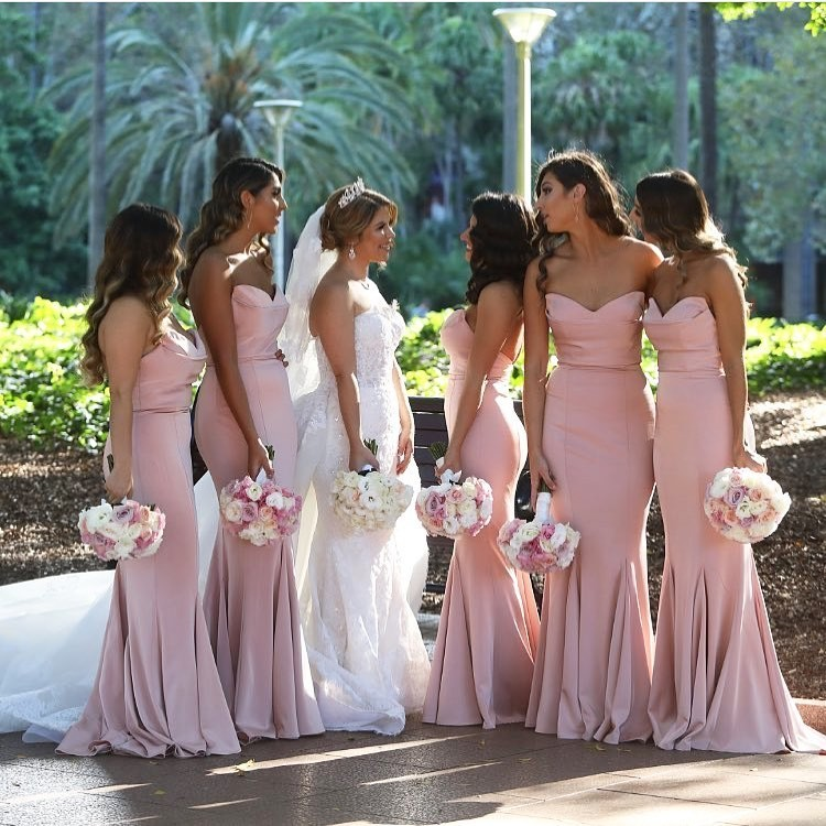 Beauties in our Lawrence Gown 💕 #bridesmaids