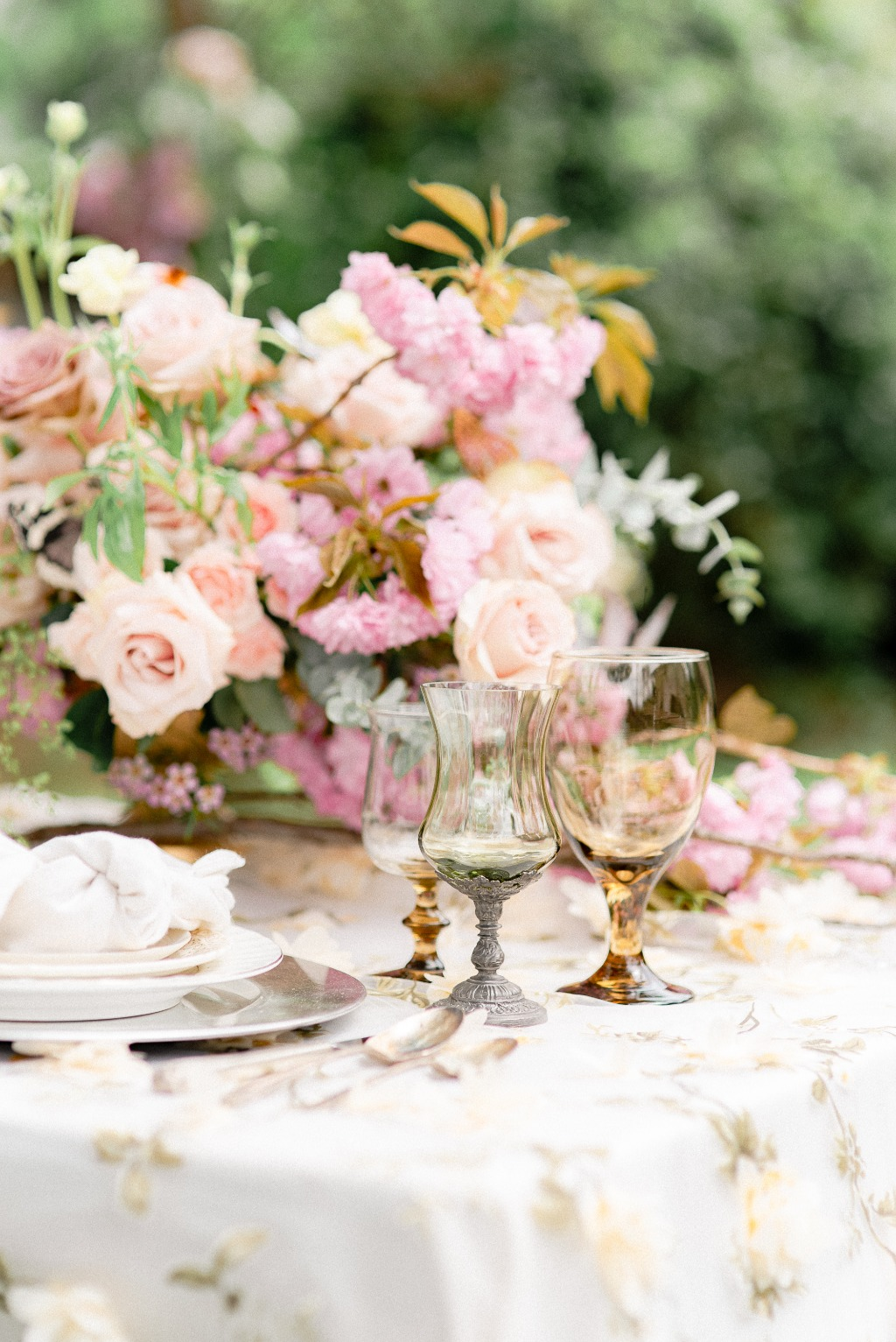Table Design Details to bring all the elements together