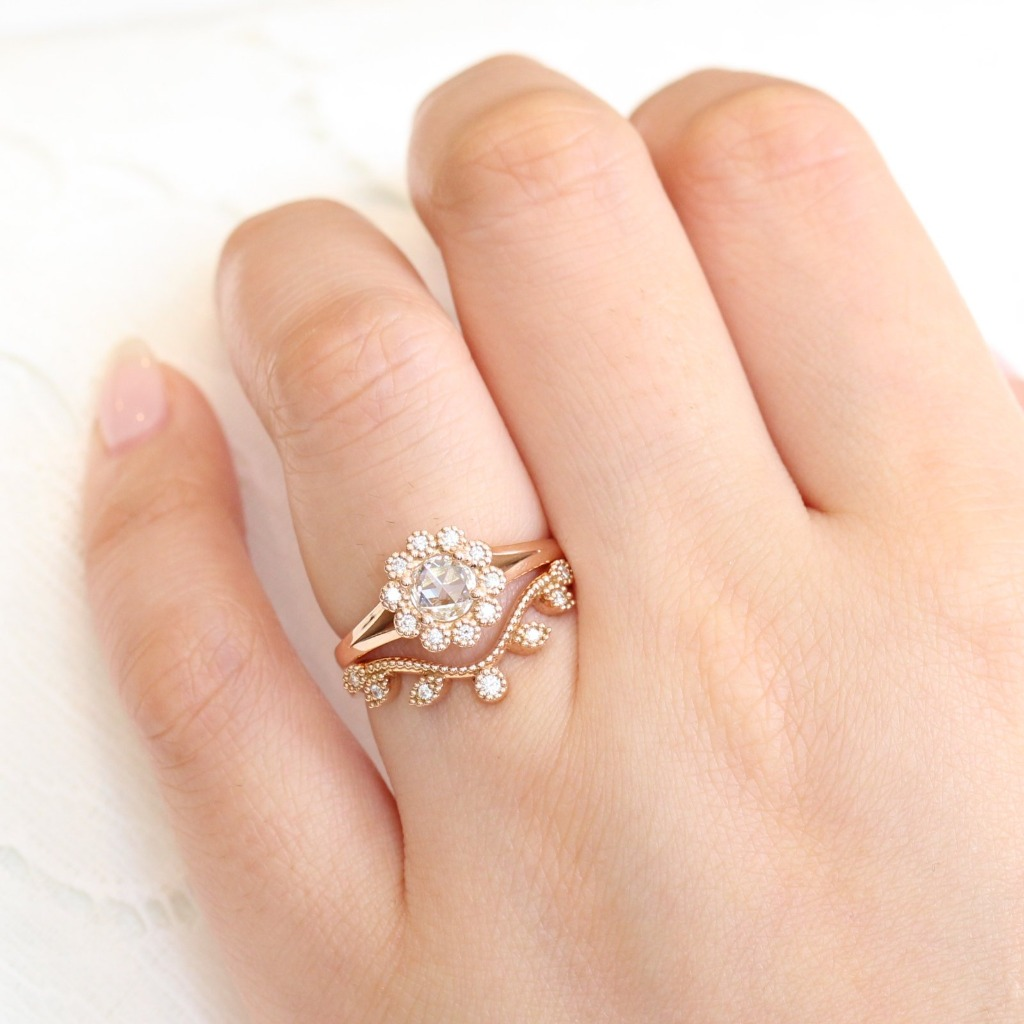 Romantic and elegnat! This rose cut diamond bridal set in split shank features a rose cut diamond engagement ring in 14k rose gold