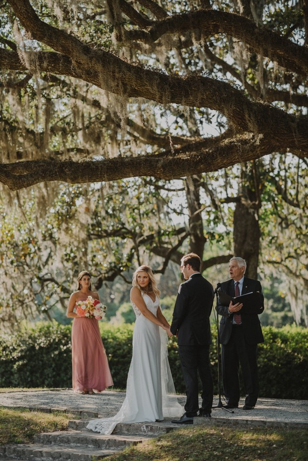 wedding couple saying I do in South Carolina