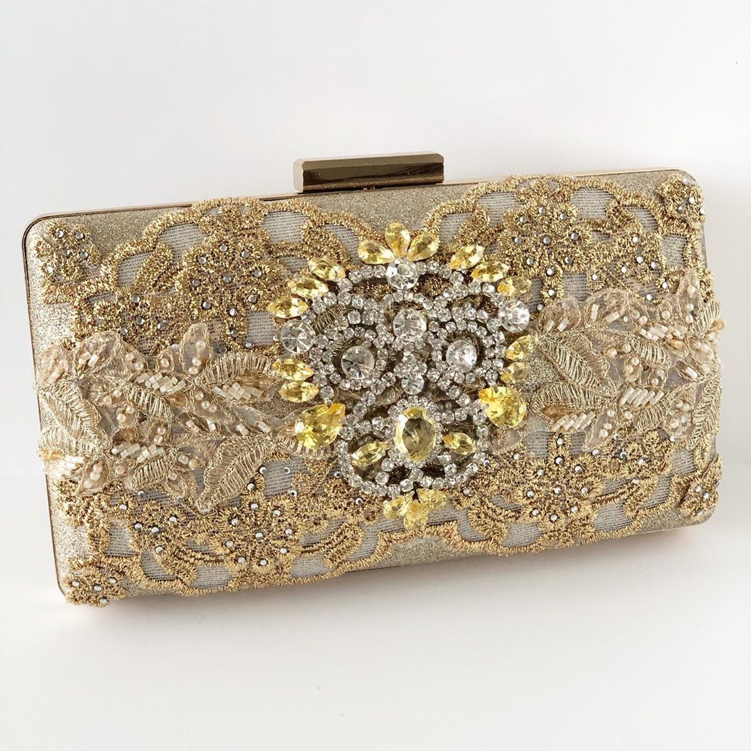 You will be evening ready with this gorgeous gold rhinestone evening clutch!! Perfect for