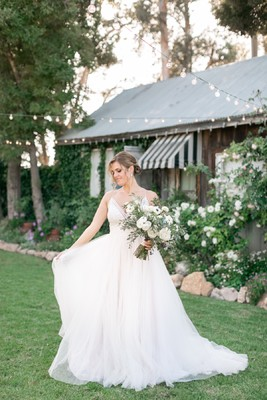 Elegant Rustic Chic Barn Wedding in Blue and White