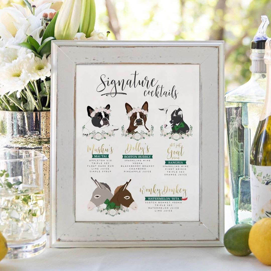Pups with flower crowns, a goat in a green bow, and two darling donkeys?? This cocktail sign has it all and MORE! 🐾 We love when