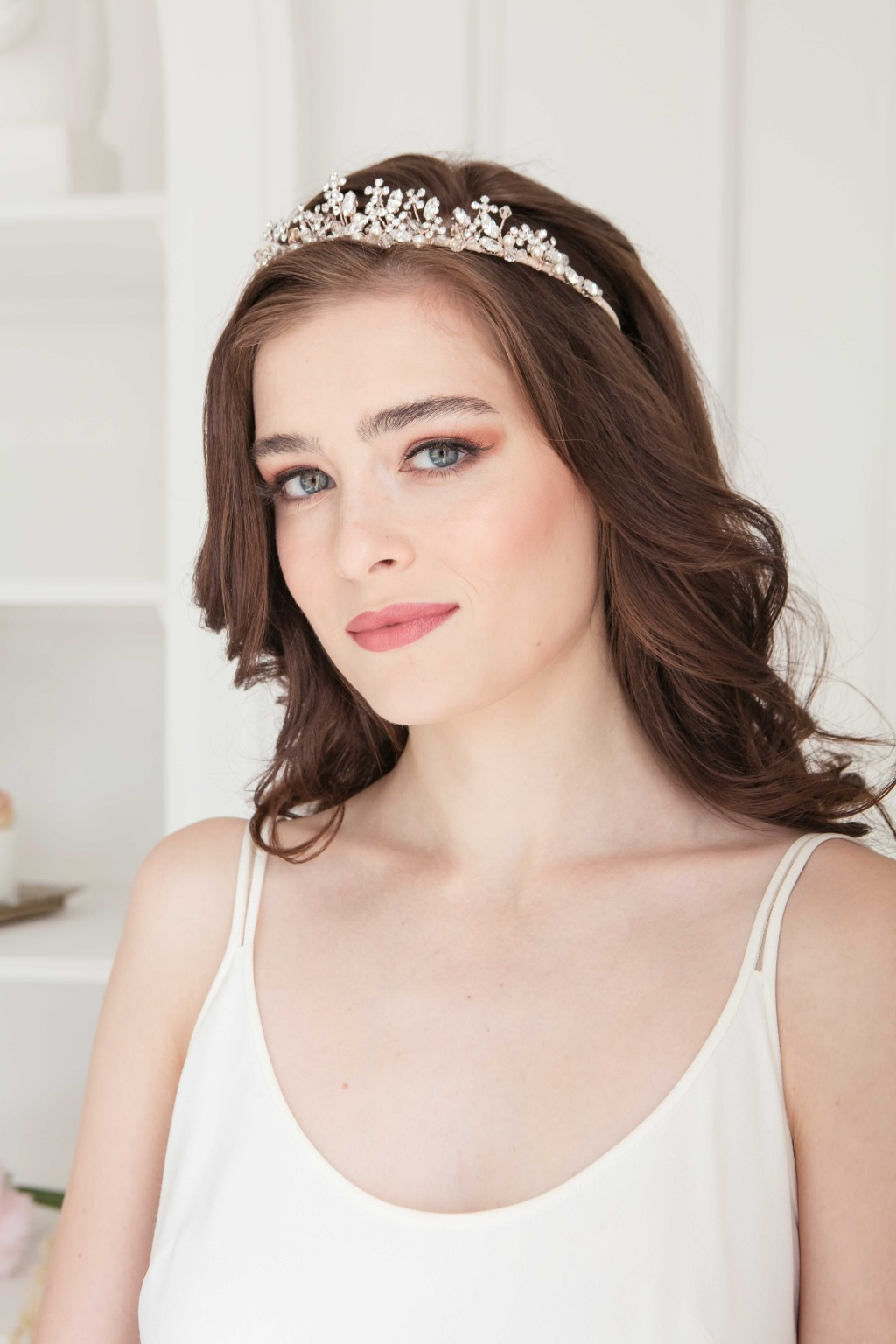The delicate leaf bridal tiara is from Laura Jayne's 2020 collection.