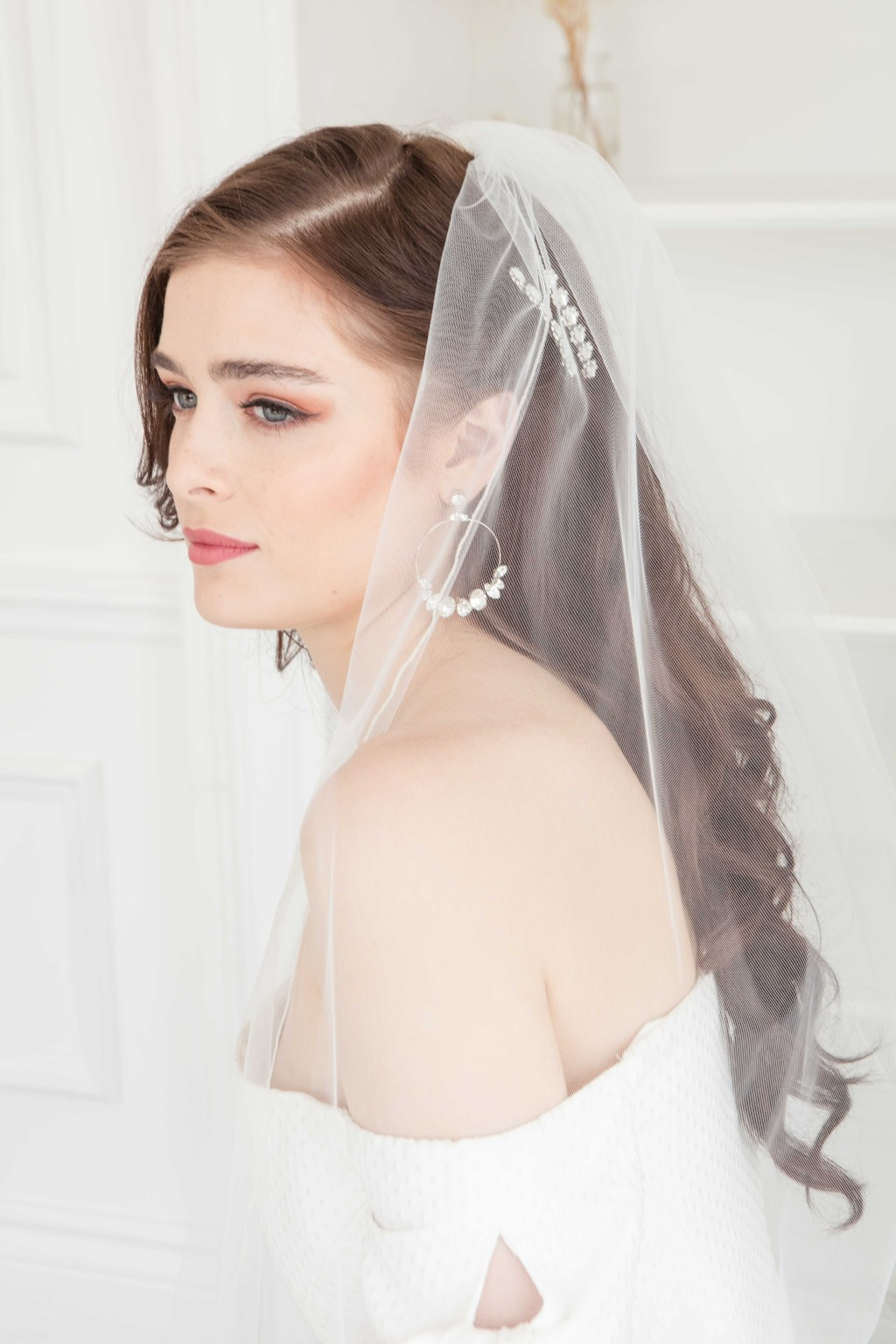 The soft wedding veil and bridal accessories are all from the 2020 collection. See more on Laura Jayne's website!