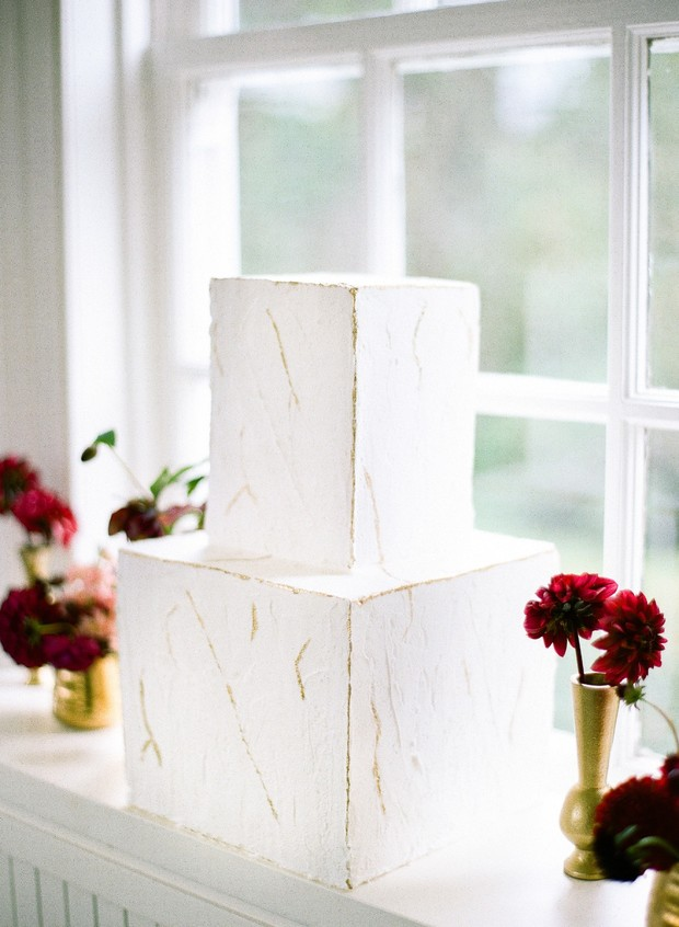 Modern minimal square wedding cake