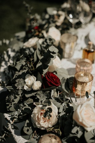 rustic floral table garland