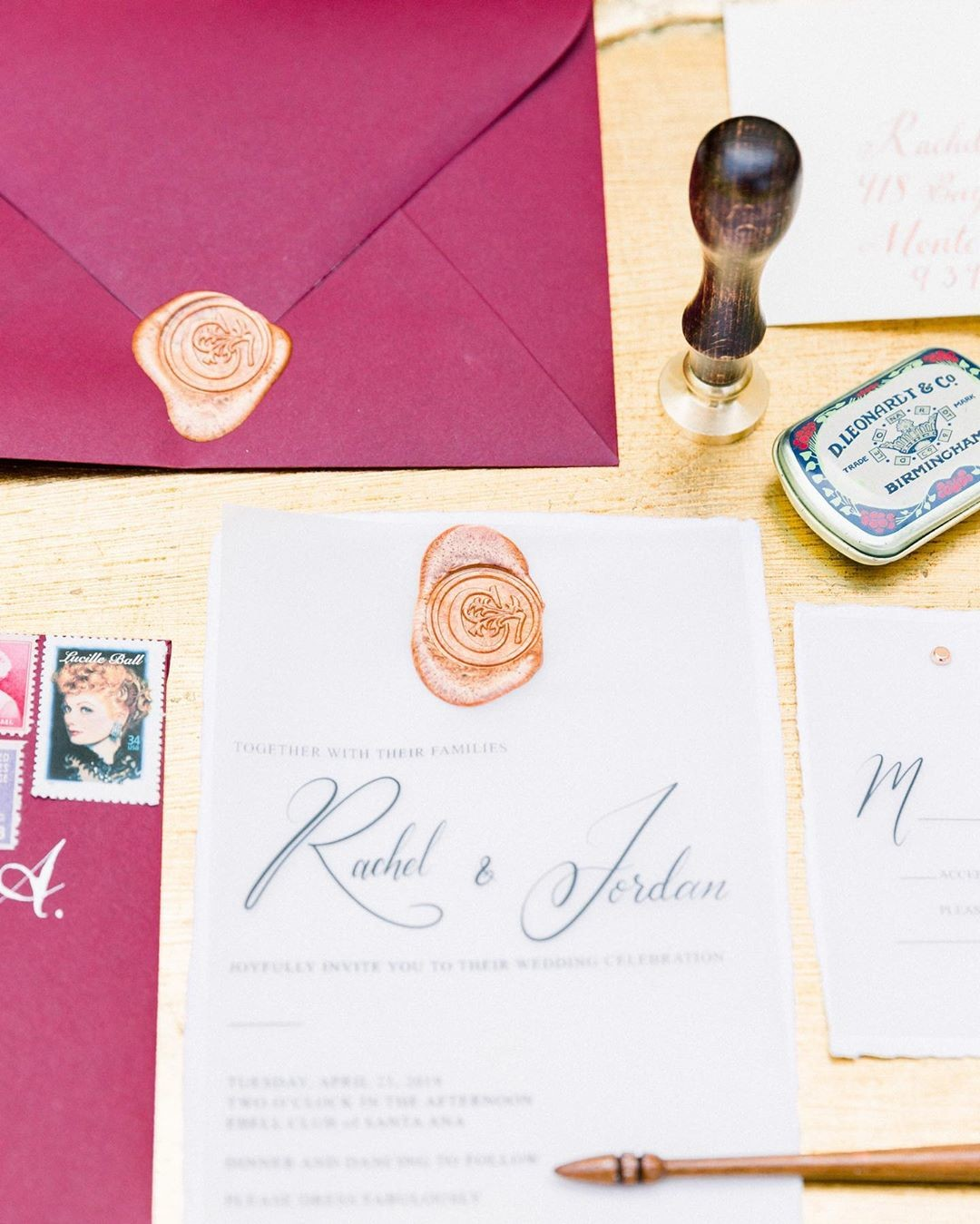 A stunning jewel toned invitation suite perfect for Fall & Winter brides! Laying oh so effortlessly on
