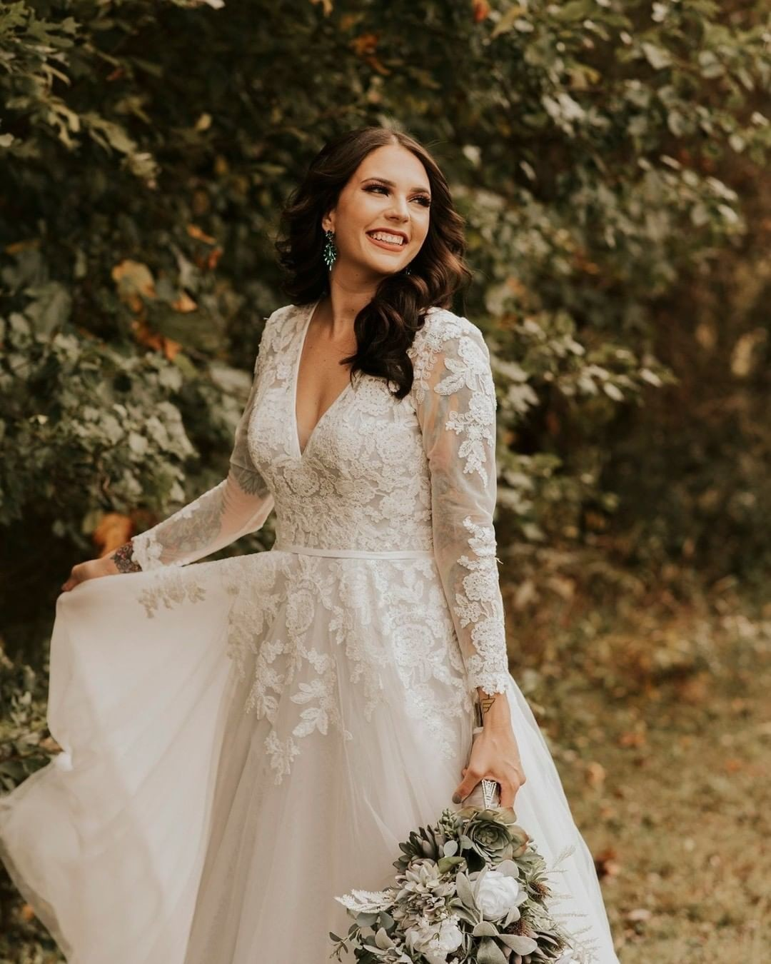 Nothing but heart eyes for this gorgeous fall bride 😍