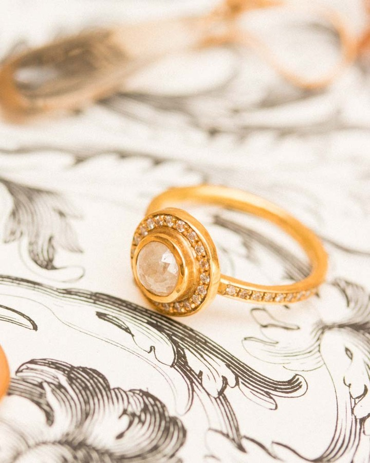 Have you seen Vena selectin of engament rings . It's the perfect time to shop with 20% of your thinking if POPING THE QUESTION this