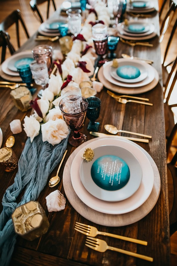 blue and gold moon and sun inspired wedding table decor
