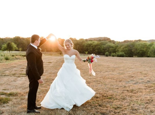 This Fun and Funky Farm Wedding Does Balloons Right
