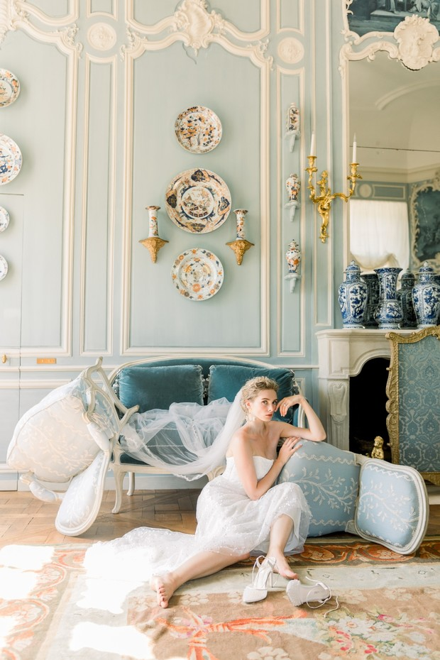 Bridal shoot at Chateau de Villette