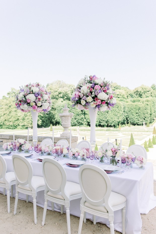 Purple and white wedding table design