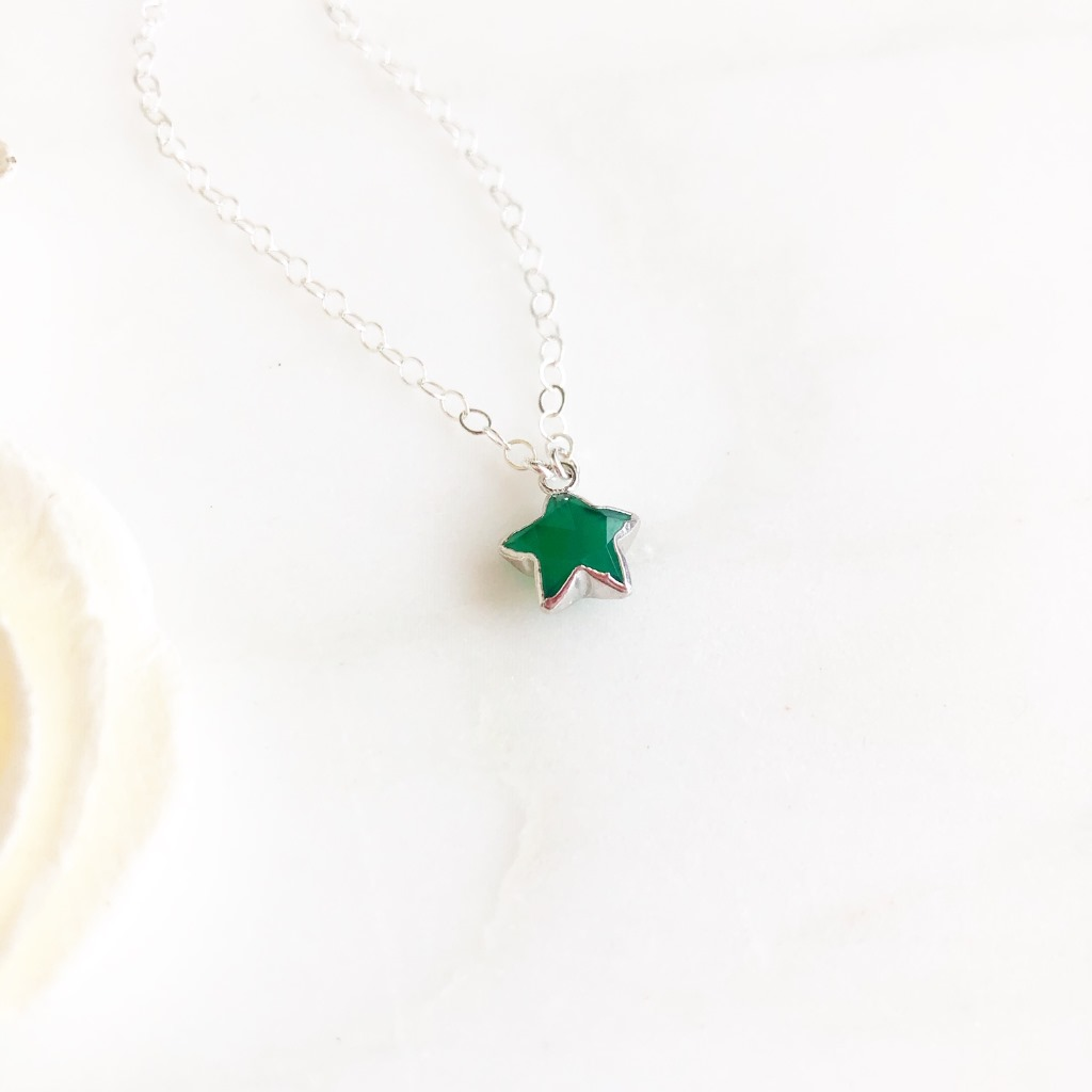 So versatile and the perfect layering piece! The star is green onyx and measures about 18x16mm. The chain is 18 long on dainty sterling