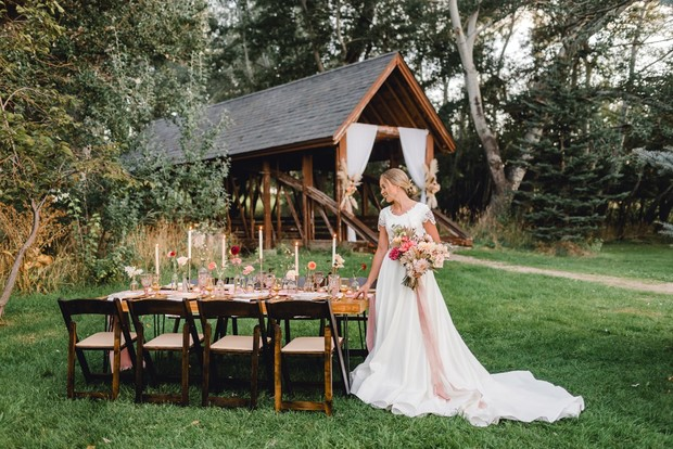 rustic chic Fall wedding ideas inspired by the sunset