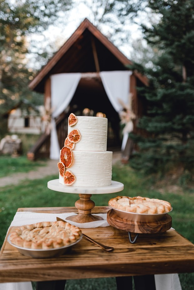 wedding pies and dried grapefruit accented wedding cake