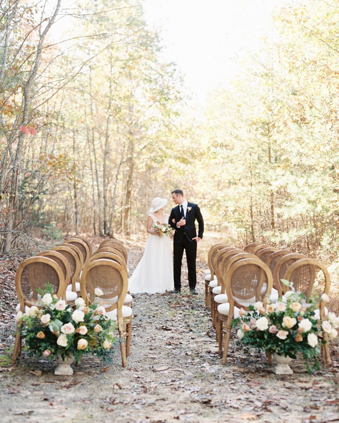 Hello gorgeous! We love how our wooded drive looks for an intimate ceremony with our King Louis chairs that is included in your venue