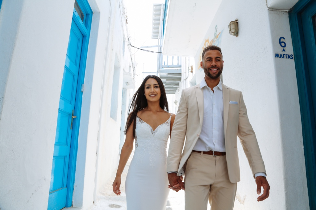 A beautiful couple in Mykonos islands asleys