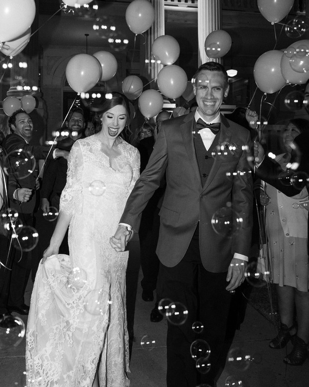 balloon and bubble wedding exit