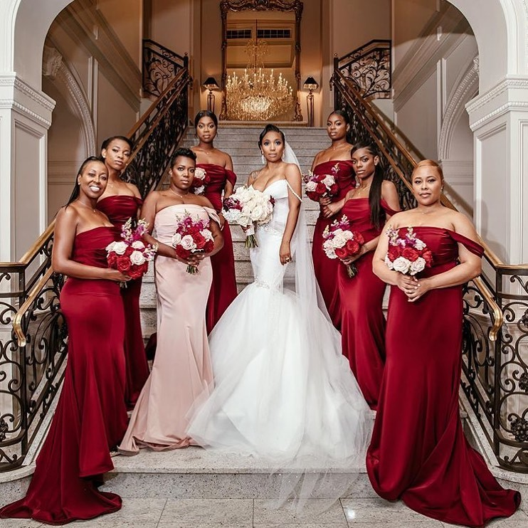Bridal party goals in our Leila Gown 😍😍 📷 @lindamcqueenphotography