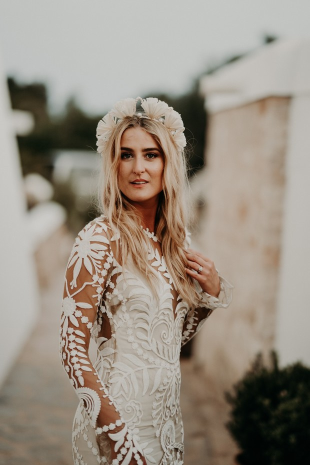 boho bride in Rue De Seine wedding dress